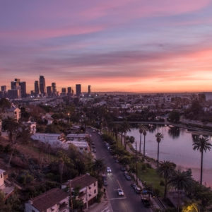 Echo_Park_Lake_with_Downtown_Los_Angeles_Skyline